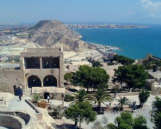 スペイン・アリカンテのサンタバルバラ城